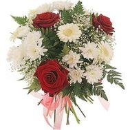 Букет цветов из роз и хризантем №224 - цветы и букеты на flowers.ck.ua