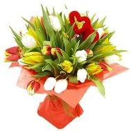 Букет  тюльпанов с сердцем №805 - цветы и букеты на flowers.ck.ua